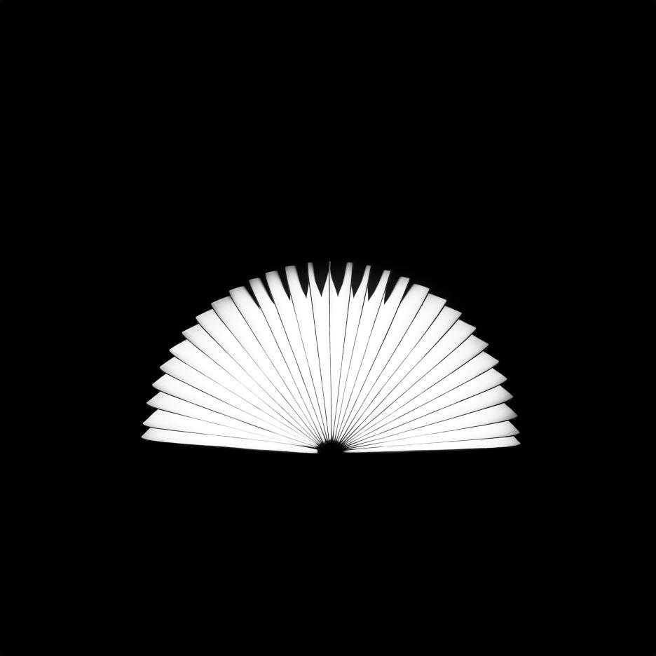 lamp by lumio